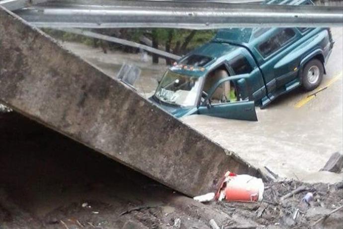 Bridge Collapse_4061146706908236580
