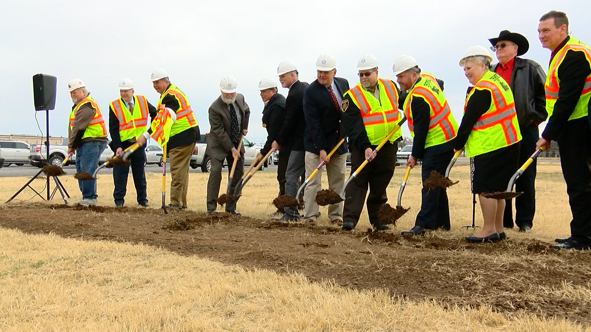 GROUNDBREAKING LAW ENFORCEMENT CENTER_1544579158378.jpg.jpg