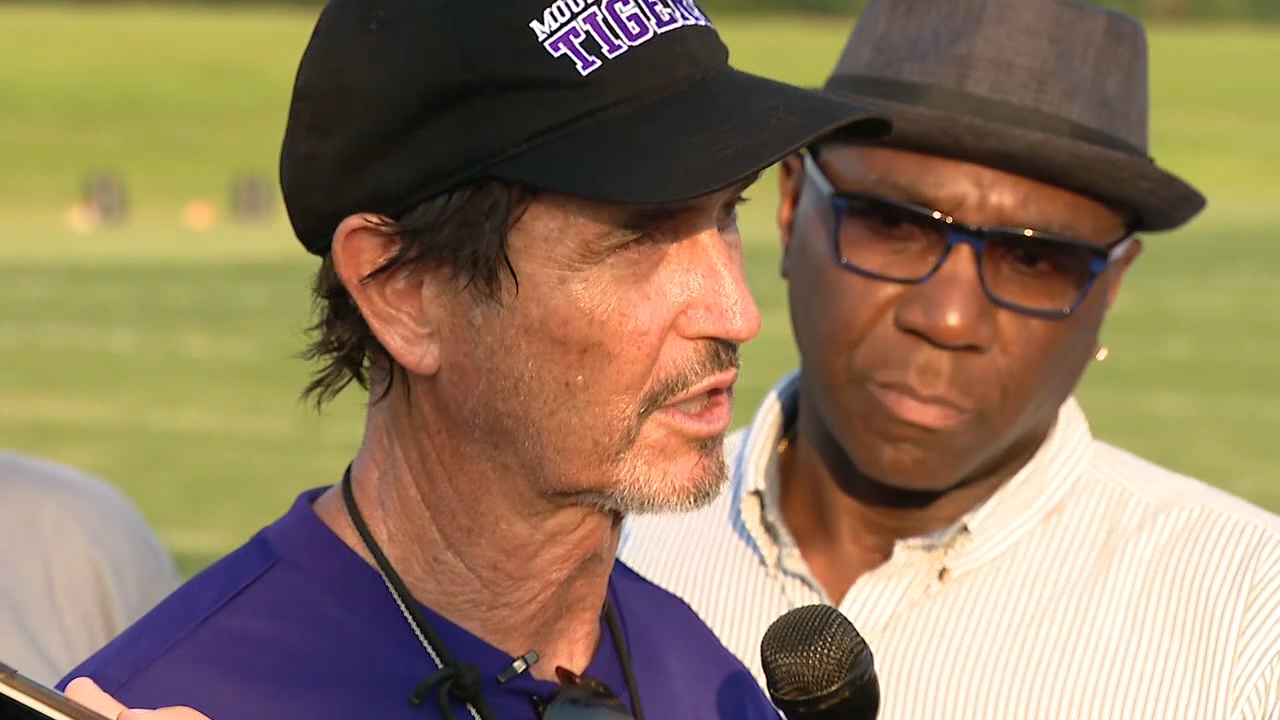 Art Briles Grilled By Media After First HS Practice at Mount