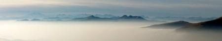 cime-nella-nebbia