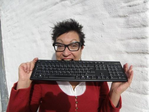 Texthandwerkerin. PC-Tastatur.