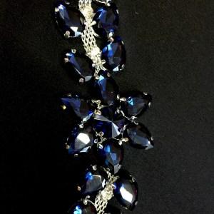Accesoriu argintiu pietre albastre