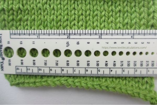 Sweater Gauge Counting and Yarn Consumption