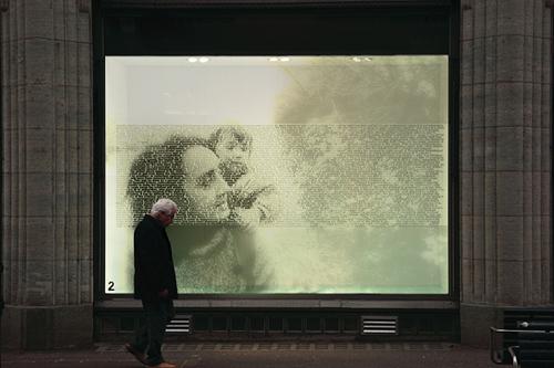 Lichtkunst Kinetica London, Ralph Ueltzhoeffer Textportrait