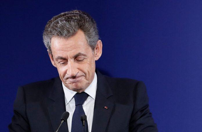 El ex presidente de Francia Nicolas Sarkozy fue condenado a un año de prisión