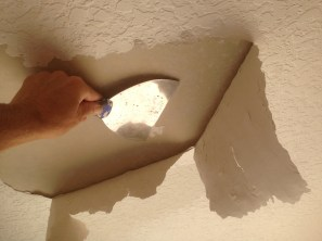 Ceiling blister knockdown sponge