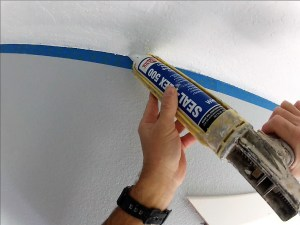 Caulking to get a perfect cut line