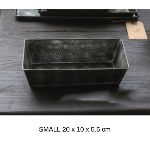Vintage metal pan