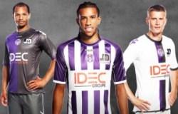 Nouveaux maillots du TFC.