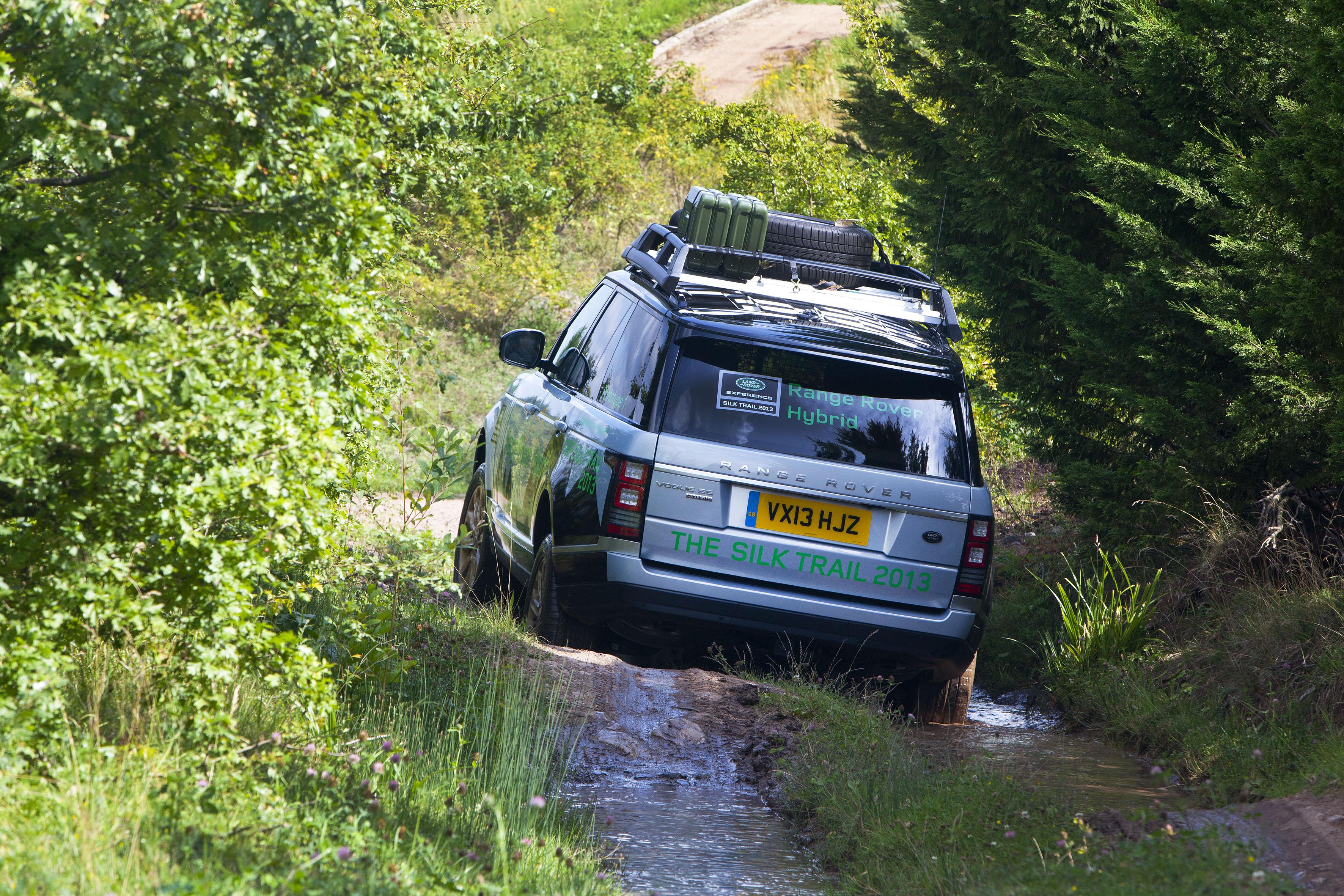 News Range Rover to Receive Diesel Hybrid Engine for US Market