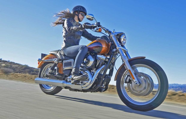 H-D-Low-Rider-action