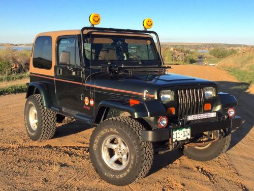 small resolution of the jeep wrangler yj the jeep enthusiasts love to hate the jeep your wallet will learn to love this year the most hated wrangler of the lineup is turning
