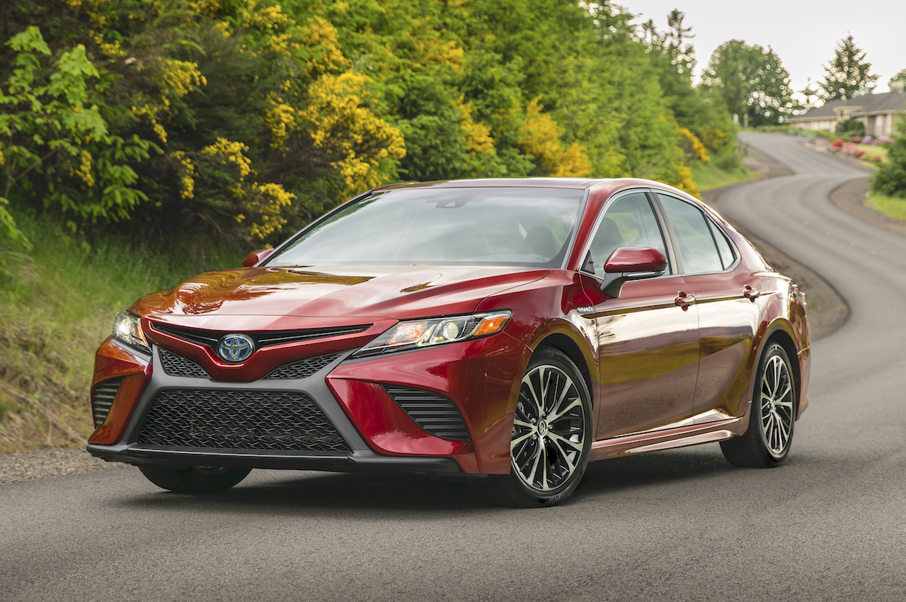all new camry 2018 review interior grand veloz toyota the gets an attitude hybrid