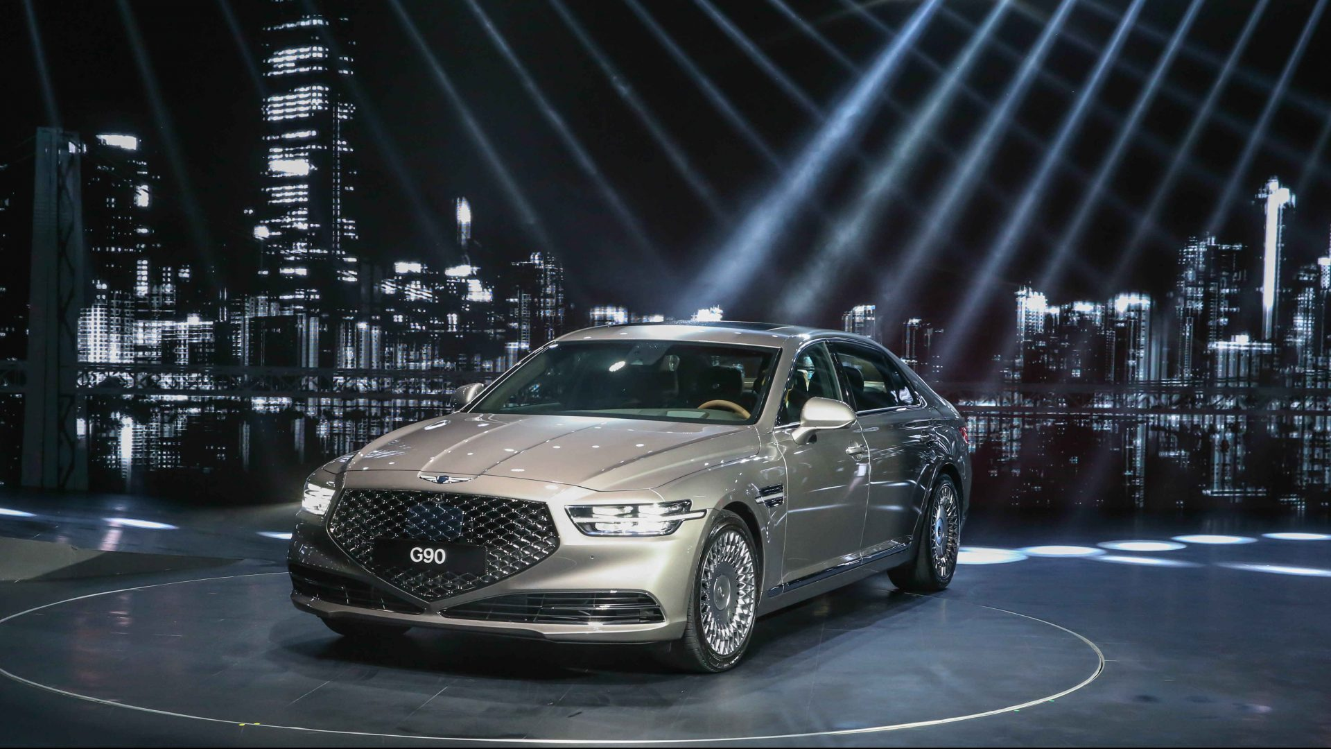 2020 Genesis G90 Sports A Whole New Look Does It Hit The