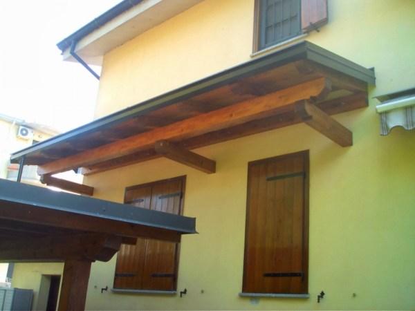 copri finestra in legno lamellare