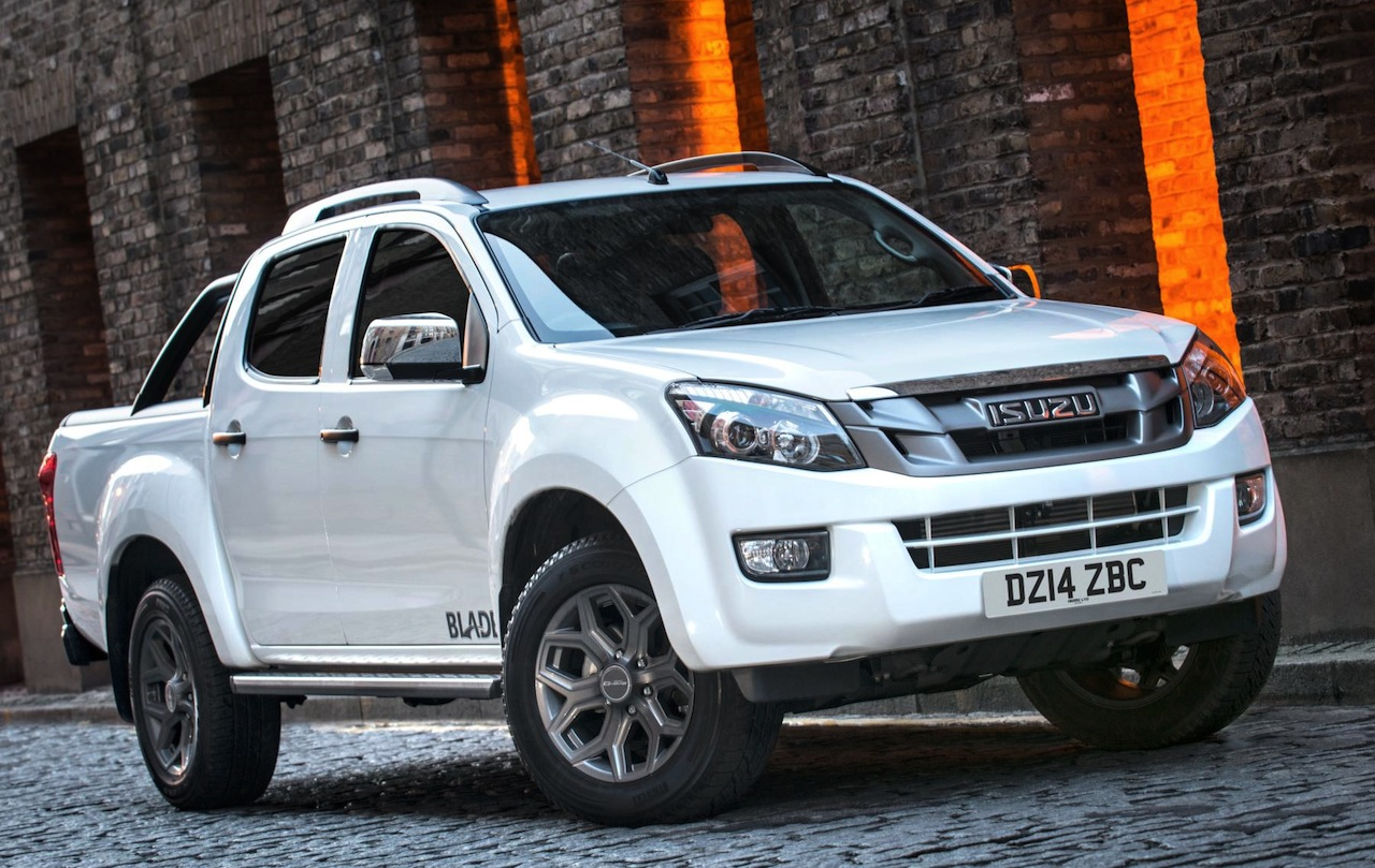 hight resolution of 2014 isuzu d max blade pickup truck