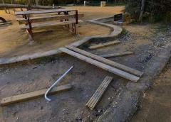 Parco Robinson, non atto vandalico