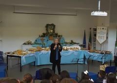 """Educazione alimentare. Tavolata alla """"M. L. King"""" di Caltanissetta"""