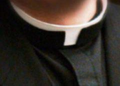 Abuso su minore, prete colpevole