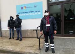 Covid: vaccino AstraZeneca, in Sicilia già il triplo delle dosi di ieri
