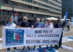 Manifestazione Tv locali a Roma a difesa delle loro aziende