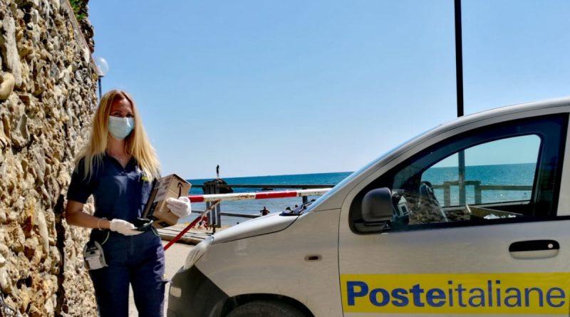 Poste Italiane Abruzzo Postina Donna
