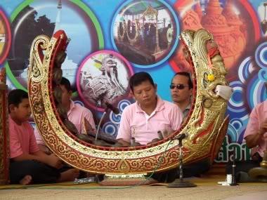 www.thai-dk.dk/penfoto/5/039.jpg