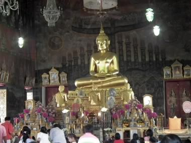 www.thai-dk.dk/penfoto/6/DSCF1318.jpg