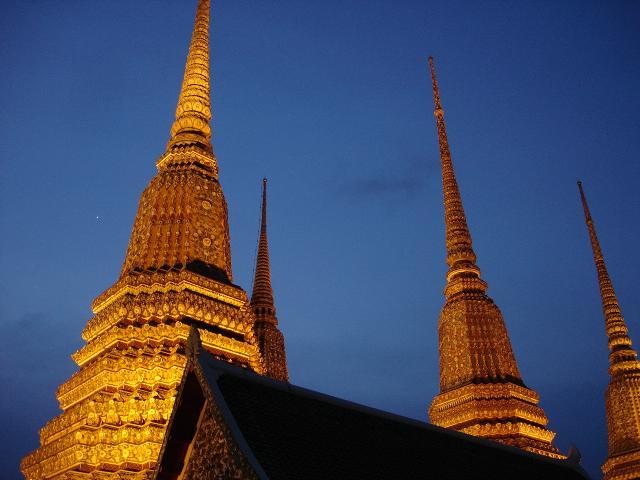 Wat po Bangkok famous temple