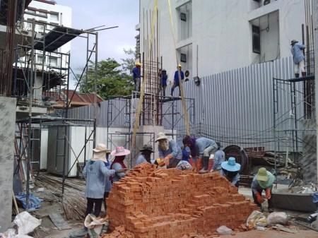 constructionworkers2