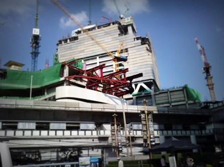 Works in downtown Bangkok Sukhumvit district