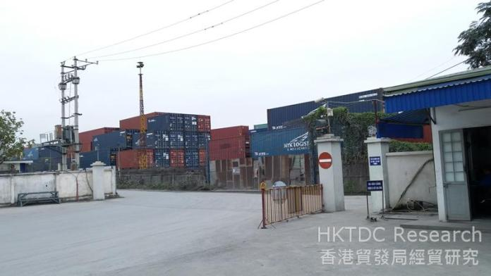 Photo: Modern logistics services are in great demand in Vietnam (2).
