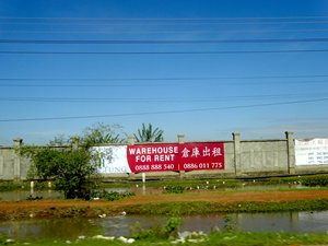 Photo: Warehouse for rent along National Road No.4.