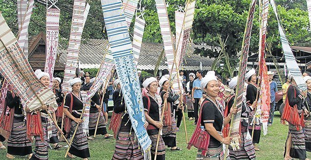 Thailand Hill tribes The Thai Lue of Thailand