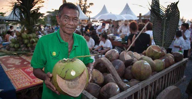 Thai Culture Coconuts
