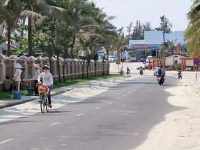 plage près de hoi an - vietnam