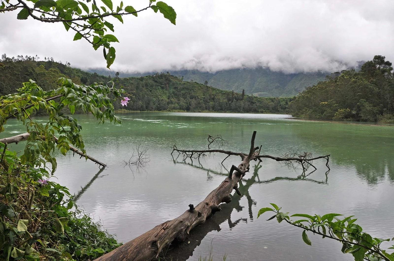 cover decouverte dieng plateau lac