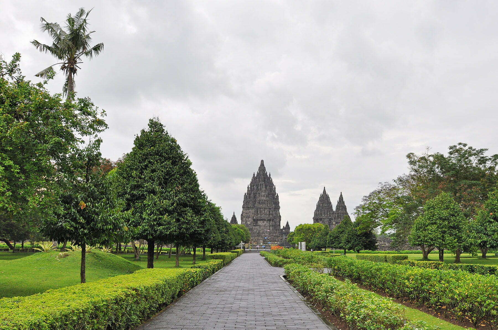cover java temple prambanan indonesie
