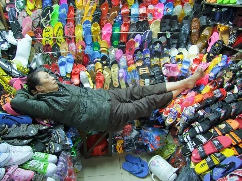 sieste marché hue vietnam