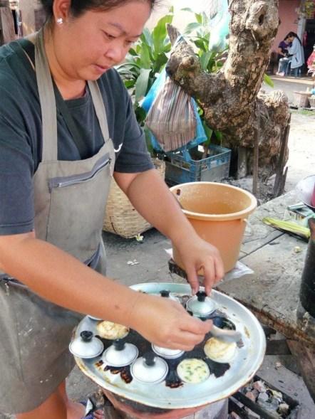 Vendeuse rue Vientiane Laos