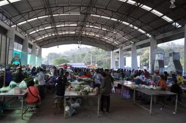 marché de Khong Chiam.