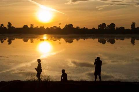 sunset cambodge siem reap 2014