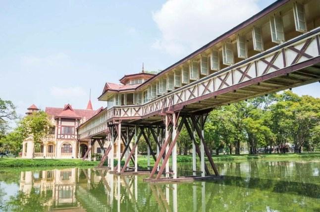 palais royal nakhon pathom