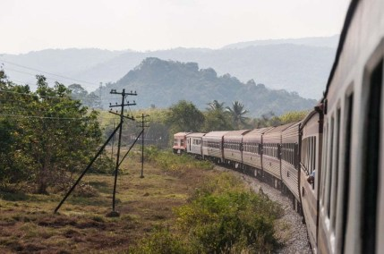 train nakhon si thammarat bangkok