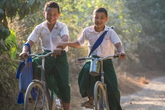 écoliers hpa an birmanie