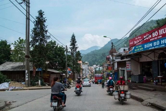 route Sapa Lao Cai Vietnam