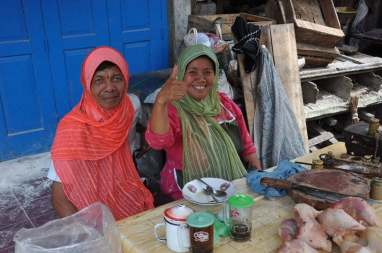 couple marché borobudur ile java indonesie