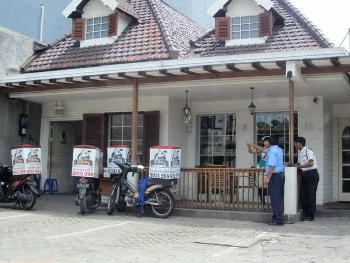 super taxi surabaya ile java indonesie