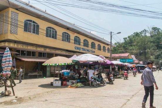 moto nord Vietnam - marché Bao Lac