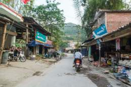 moto nord Vietnam - village entre Dong Van - Bao Lac